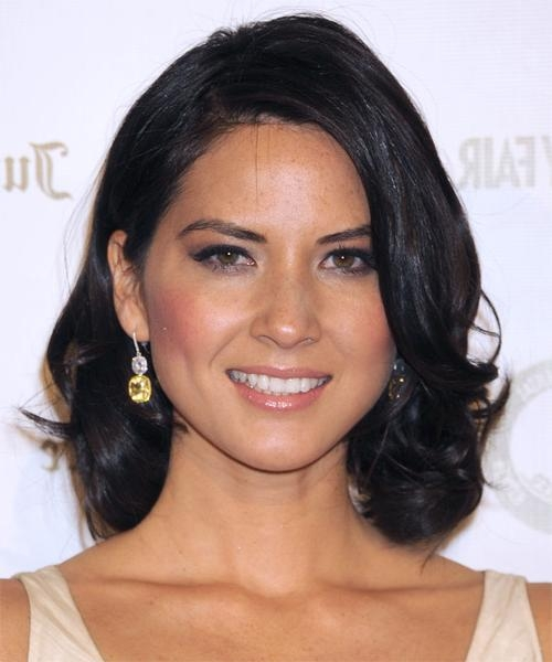 Olivia Munn Medium Wavy Casual Hairstyle – Black Hair Color With Regard To Well Liked Olivia Munn Bob Hairstyles (View 9 of 15)