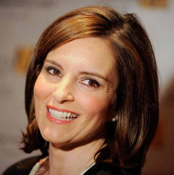 Popular Tina Fey Shoulder Length Bob Hairstyles Intended For More Pics Of Tina Fey Mid Length Bob (3 Of 23) – Tina Fey Lookbook (View 10 of 15)