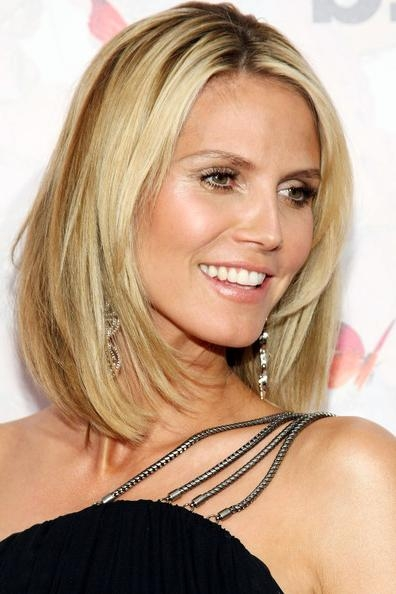 Preferred Heidi Klum Shoulder Length Bob Hairstyles Pertaining To More Pics Of Heidi Klum Mid Length Bob (9 Of 15) – Mid Length Bob (View 6 of 15)