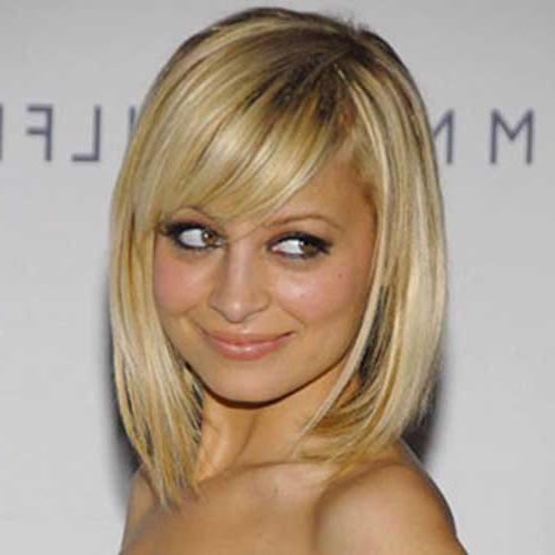 Featured Photo of Nicole Richie Shoulder Length Bob Hairstyles