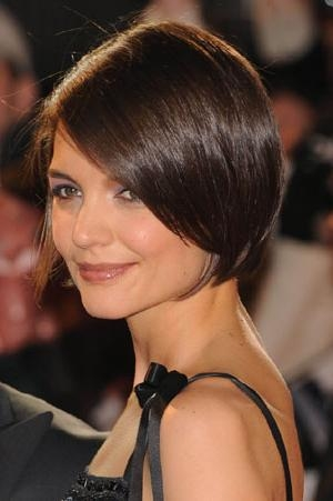 Recent Katie Holmes Short Bob Hairstyles Inside Chin Skimming Bob Hairstyle (View 12 of 15)