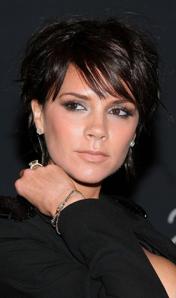Recent Victoria Beckham Graduated Choppy Bob Hairstyles Inside 10 Sexy Victoria Beckham's Bob Hairstyles (View 12 of 15)