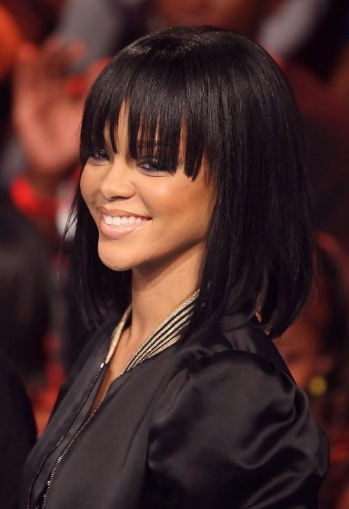 Rihanna Medium Length Straight Bob Hairstyle With Bangs Regarding Newest Rihanna Shoulder Length Bob Hairstyles (View 9 of 15)