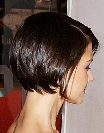 Short Bobs, Katie Holmes And Pixies For Current Katie Holmes Short Bob Hairstyles (View 12 of 15)