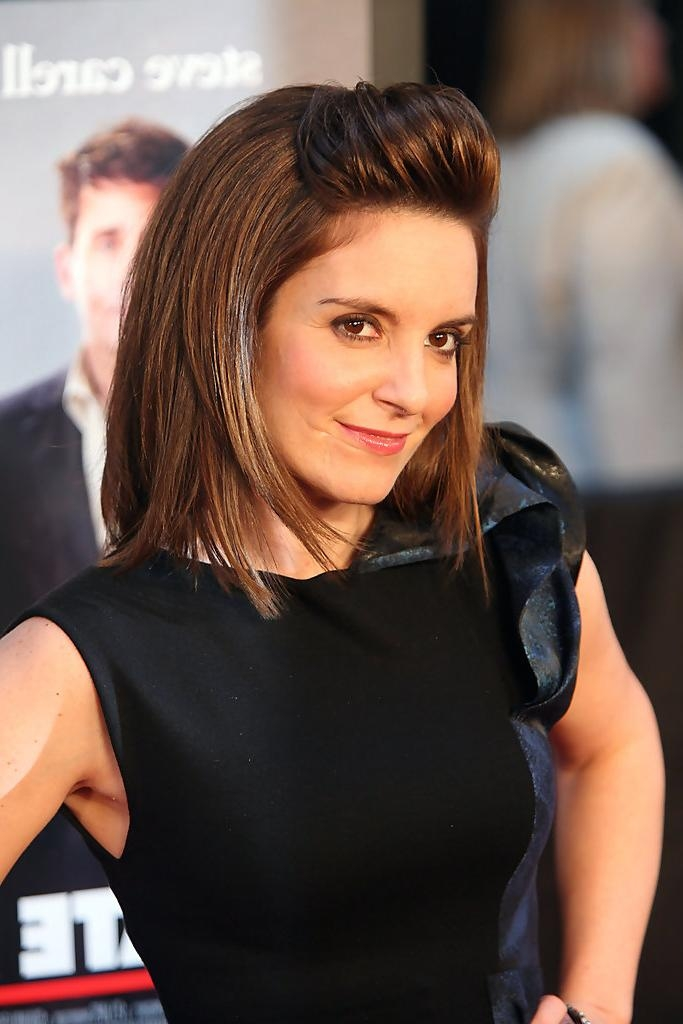 Tina Fey Mid Length Bob – Tina Fey Shoulder Length Hairstyles In Well Known Tina Fey Shoulder Length Bob Hairstyles (View 12 of 15)