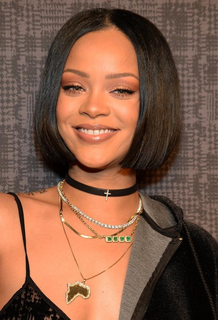 Top 21 Gorgeous Bob Hairstyles For Black Women With Widely Used Rihanna Shoulder Length Bob Hairstyles (View 14 of 15)