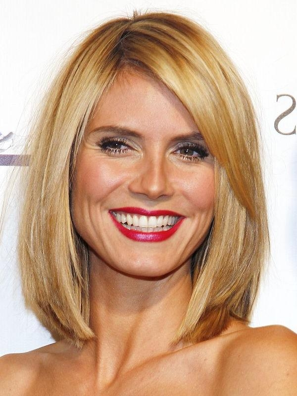 Well Known Heidi Klum Shoulder Length Bob Hairstyles Throughout Celebrity Hairstyles : Heidi Klum Long Bob Hairstyle Applying (View 14 of 15)
