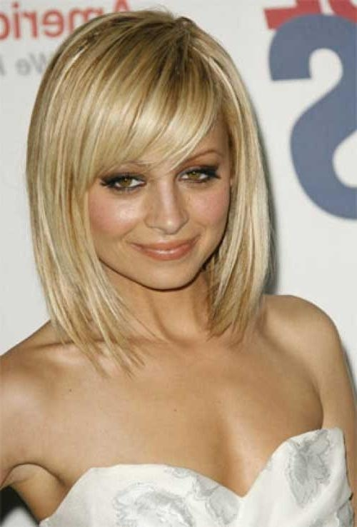 2018 Latest Long Bob Hairstyles With Side Swept Bangs