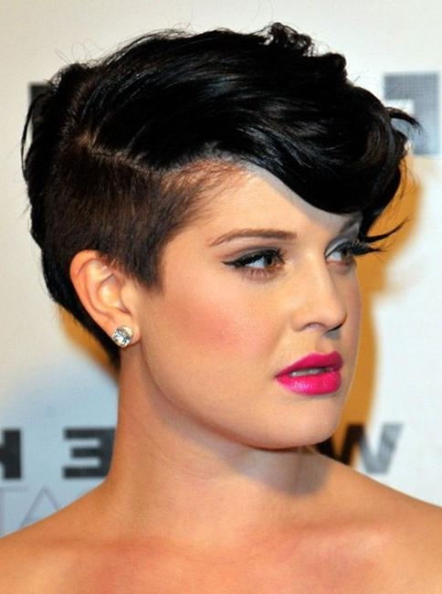 10 Easy, Short Hairstyles For Round Faces – Popular Haircuts Inside Kelly Osbourne Short Haircuts (View 1 of 20)