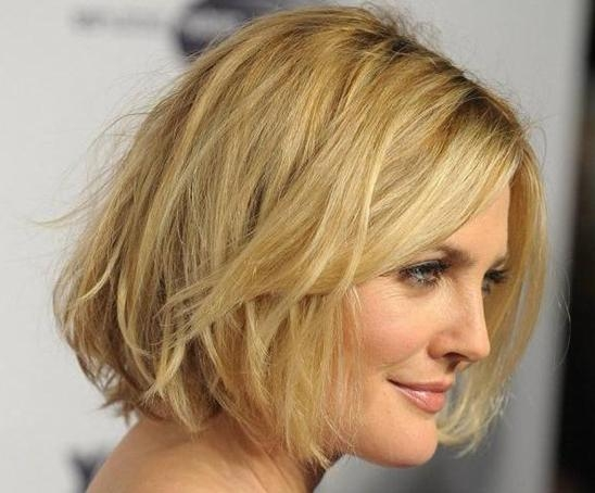 10 Easy, Short Hairstyles For Round Faces – Popular Haircuts Throughout Short Haircuts Bobs For Round Faces (View 2 of 20)