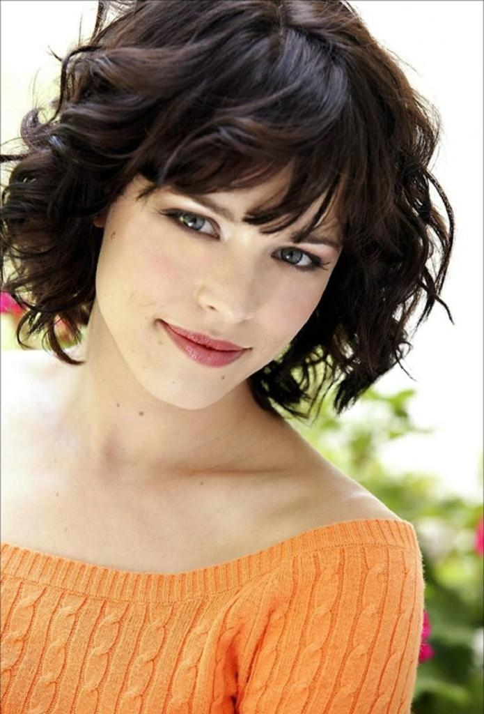 Photo Gallery Of Short Haircuts For Wavy Hair And Round Faces