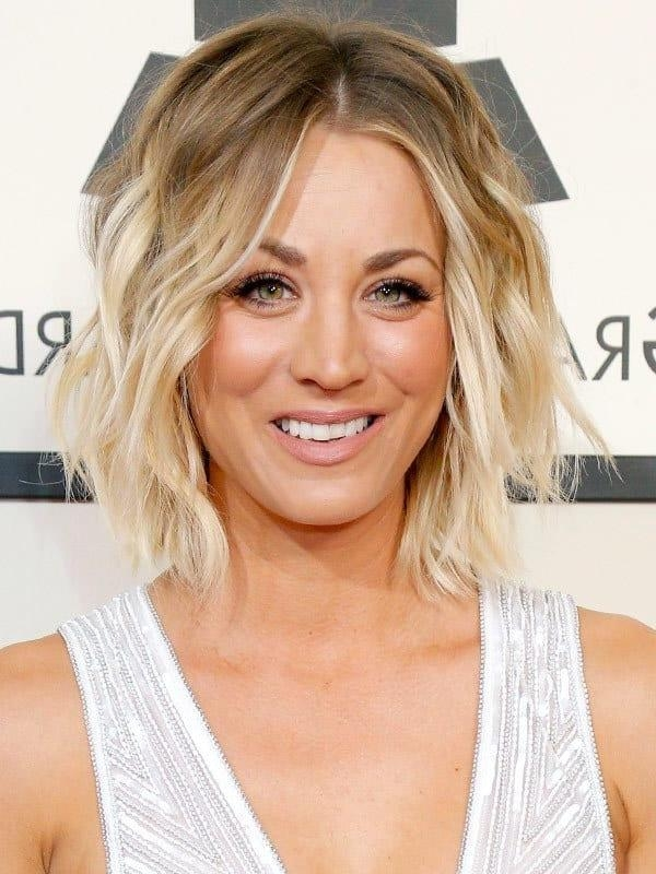 10 Tempting Kaley Cuoco's Short Hairstyles – Hairstylecamp Pertaining To Kaley Cuoco Short Hairstyles (View 1 of 20)