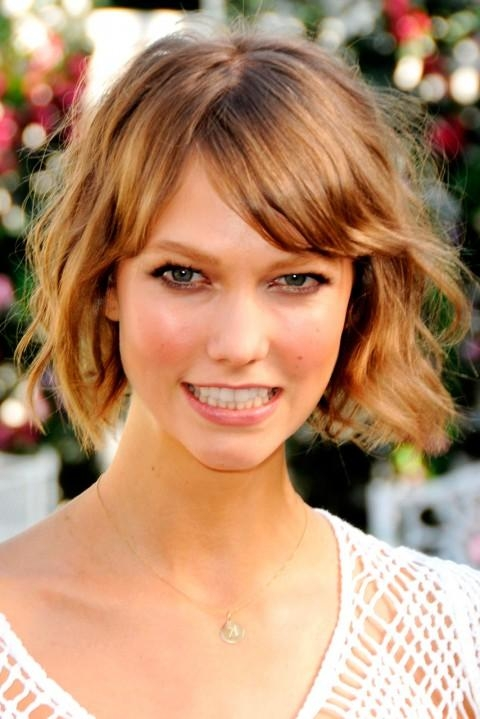 100+ Celebrity Short Hairstyles For Women – Pretty Designs In Karlie Kloss Short Haircuts (View 1 of 20)