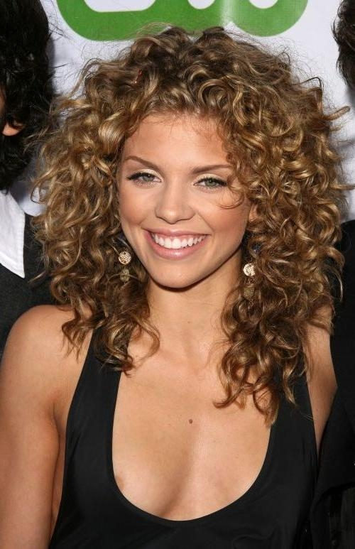 111 Amazing Short Curly Hairstyles For Women To Try In 2017 For Short Haircuts For Naturally Curly Hair And Round Face (View 1 of 20)