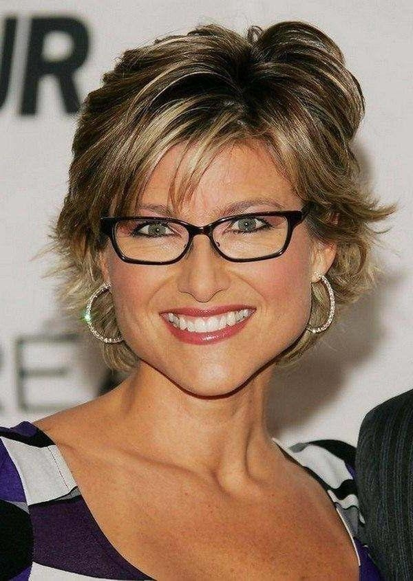111 Hottest Short Hairstyles For Women 2018 – Beautified Designs Pertaining To Short Haircuts For Round Faces And Glasses (View 16 of 20)