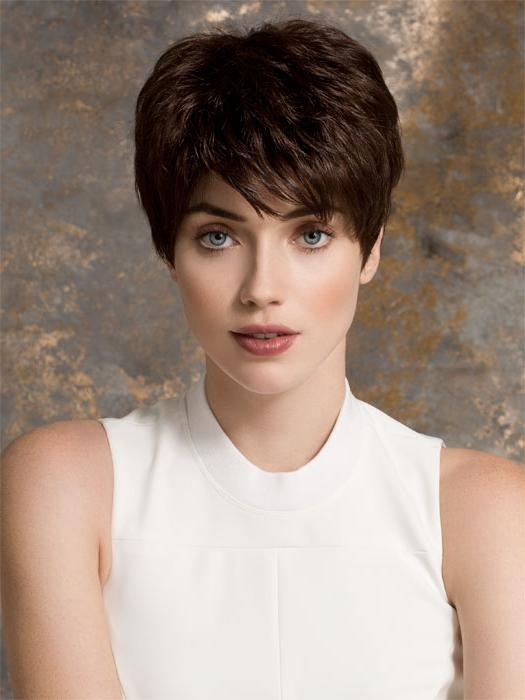 14 Short Hairstyles With Bangs | Olixe – Style Magazine For Women With Regard To Short Haircuts With Full Bangs (View 1 of 20)