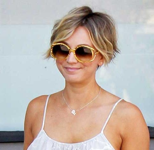 15 Short Haircuts For Curly Wavy Hair | Short Hairstyles 2016 Within Kaley Cuoco New Short Haircuts (View 3 of 20)