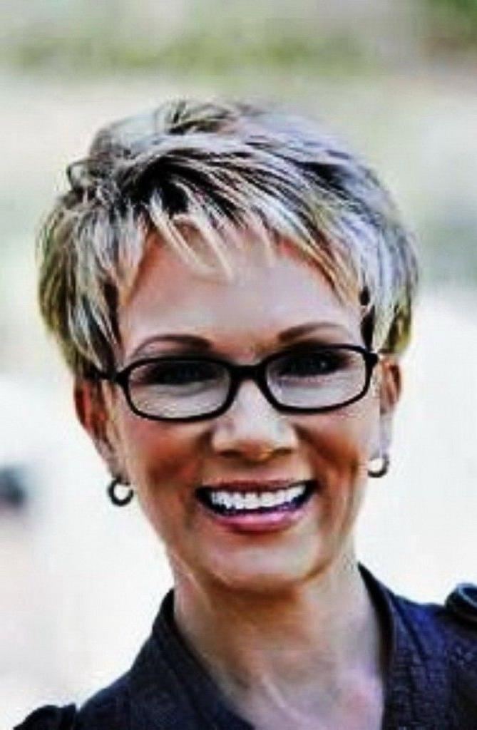 187 Best Short Hair Styles Images On Pinterest | Hairstyle Regarding Short Haircuts For Women Who Wear Glasses (View 2 of 20)