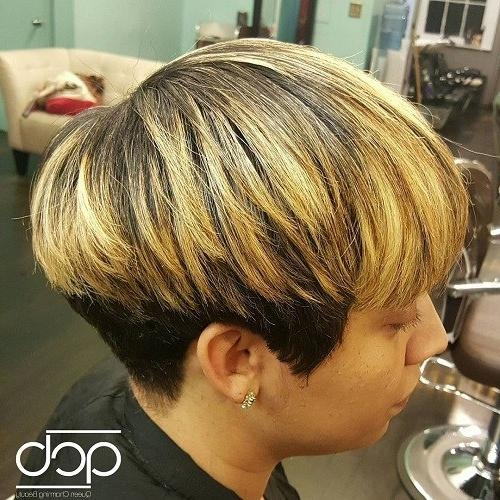 20 Chic Wedge Hairstyle Designs You Must Try: Short Haircut For Throughout Wedge Short Haircuts (View 3 of 20)