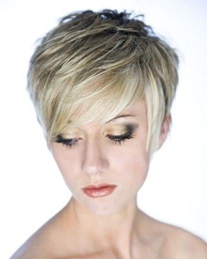 20 Layered Hairstyles For Short Hair – Popular Haircuts Inside Choppy Short Haircuts For Fine Hair (View 8 of 20)