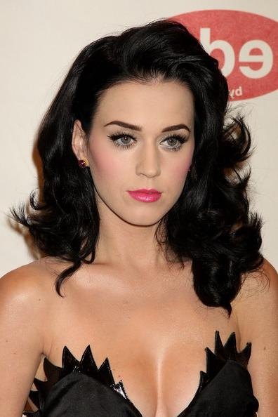 2017 Katy Perry Long Hairstyles For Katy Perry Long Curls – Katy Perry Long Hairstyles Looks – Stylebistro (View 1 of 15)