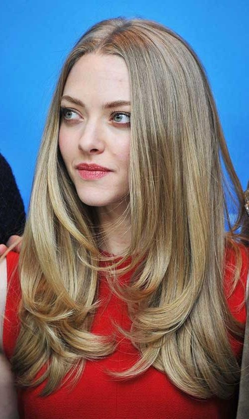 Featured Photo of Long Haircuts For Oval Faces