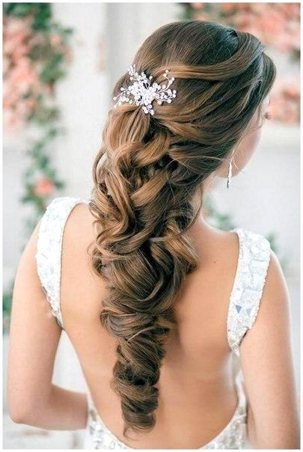 2017 Long Hairstyles For A Ball For 59 Prom Hairstyles To Look The Belle Of The Ball | Hairstylo (View 1 of 20)