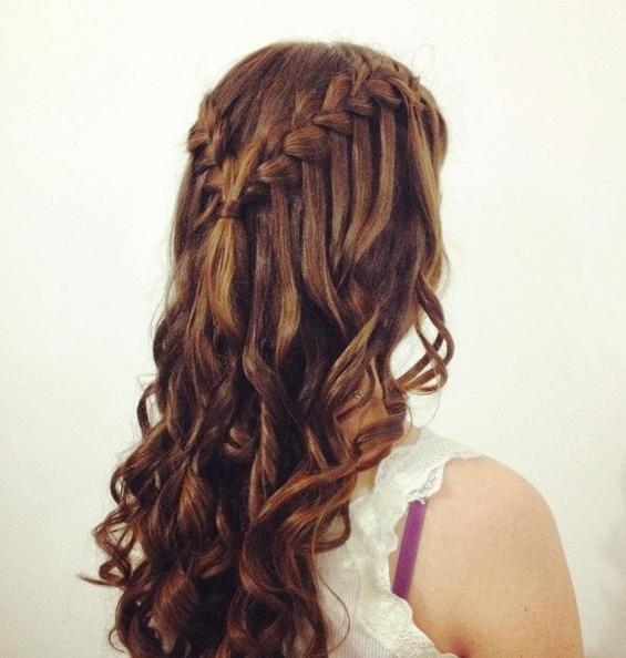 2017 Long Hairstyles For Homecoming Within 21 Gorgeous Homecoming Hairstyles For All Hair Lengths – Popular (View 2 of 20)