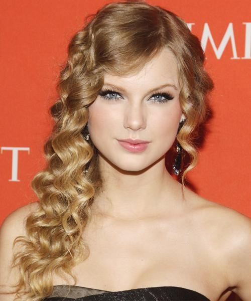 2017 Taylor Swift Long Hairstyles Throughout Taylor Swift Long Curly Formal Hairstyle – Dark Blonde Hair Color (View 11 of 15)