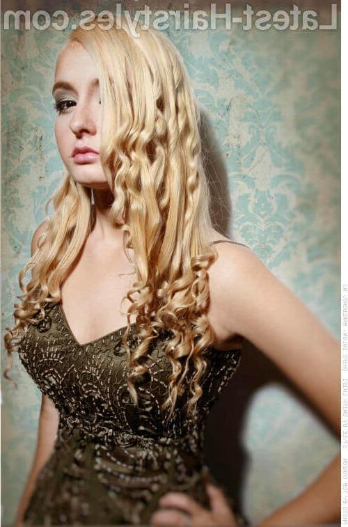 Beach wave hairstyles prom