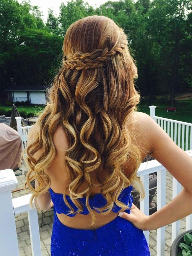 2018 Long Hairstyles For Dances Throughout Best 25+ Homecoming Hairstyles Ideas On Pinterest | Hair Styles (View 3 of 20)