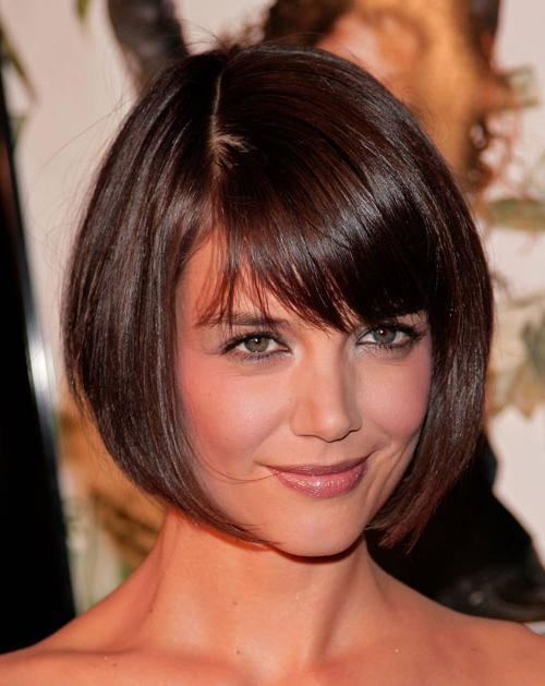 21 Short Hairstyles For Round Faces | Styles Weekly Regarding Short Haircuts With Bangs For Round Faces (View 10 of 20)