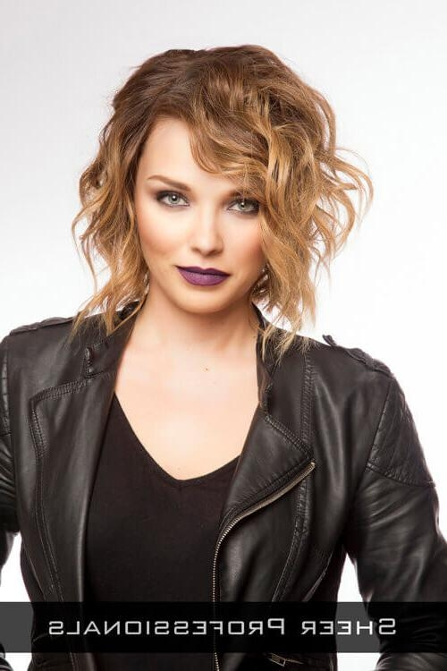 24 Perfect Short Hairstyles For Thin Hair (2018's Most Popular) With Regard To Short Haircuts For Thin Curly Hair (View 4 of 20)