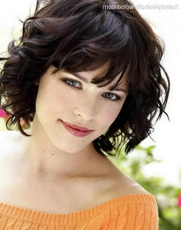 25 Beautiful Short Haircuts For Round Faces 2017 Intended For Short Hairstyles For Round Faces Curly Hair (View 8 of 20)