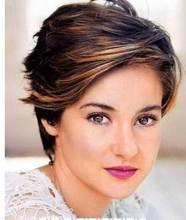 short haircuts for heavy set woman 20 collection of haircuts for heavy set 1636 | 25 beautiful short haircuts for round faces 2017 within short haircuts for heavy set woman