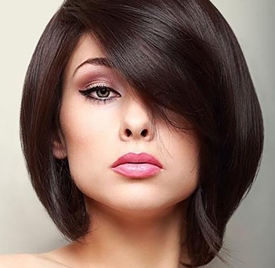25 Hairstyles To Slim Down Round Faces Throughout Short Hairstyles For Big Cheeks (View 9 of 20)