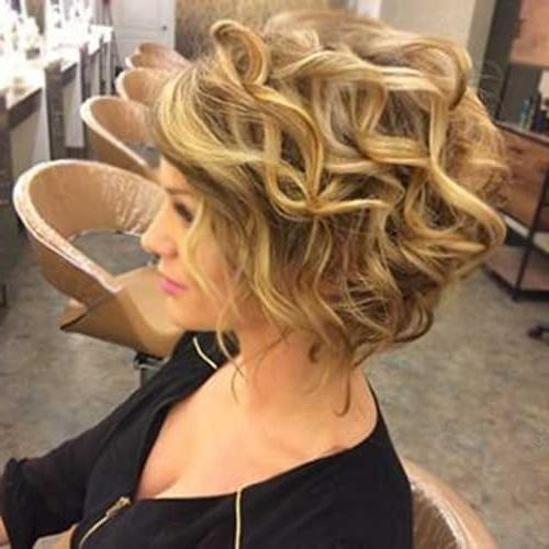 25+ Trending Big Curls Short Hair Ideas On Pinterest | Bouncy For Big Curls Short Hairstyles (View 3 of 20)