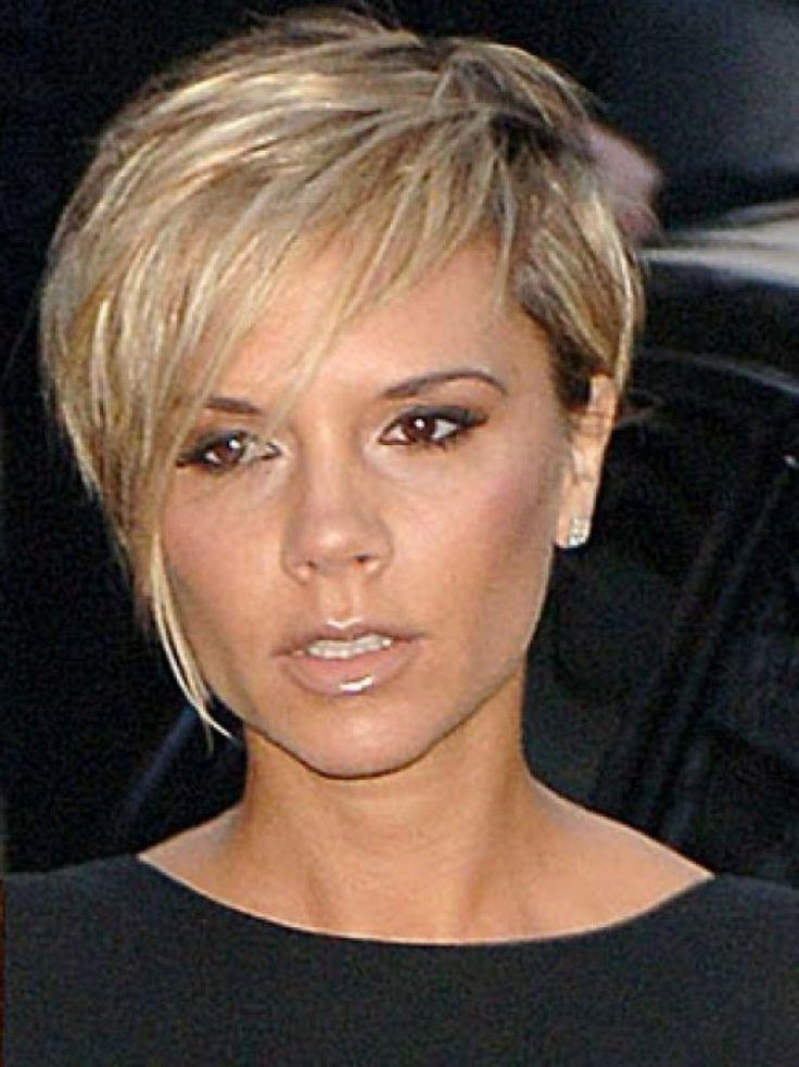 25+ Trending Victoria Beckham Short Hair Ideas On Pinterest Inside Victoria Beckham Short Hairstyles (View 2 of 20)