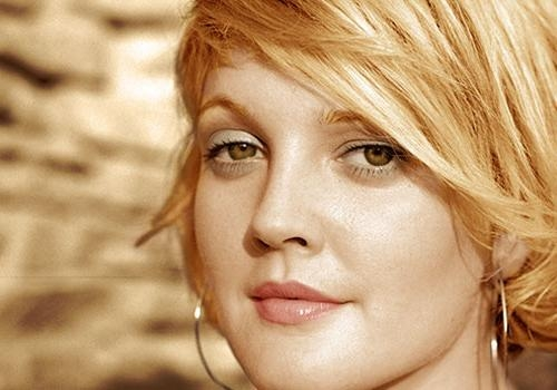 27 Fancy Short Hairstyles For Women With Round Faces – Creativefan Throughout Drew Barrymore Short Haircuts (View 4 of 20)