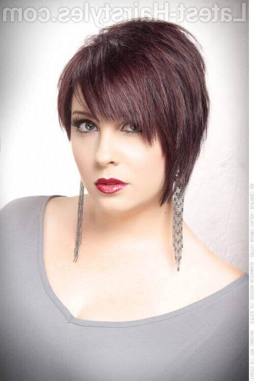 27 Short Choppy Haircuts That Are Popular For 2018 For Short Hairstyles With Fringe (View 9 of 20)