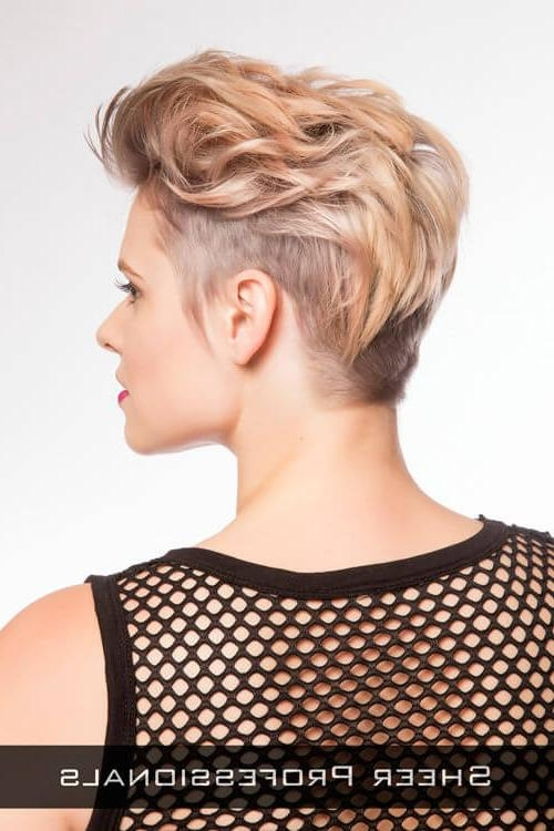 29 Short Hairstyles For Round Faces You Can Rock! In Short Hairstyles Swept Off The Face (View 9 of 20)