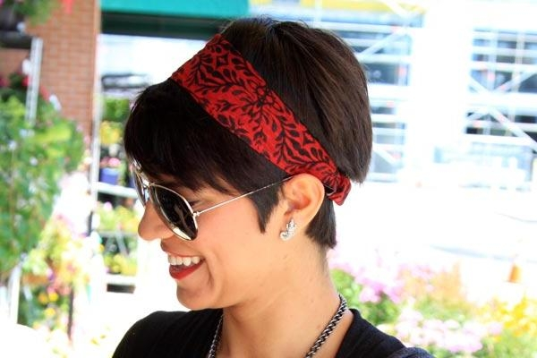 3 Cute Bandana Hairstyles For Short Hair With Regard To Short Hairstyles With Bandanas (View 6 of 20)