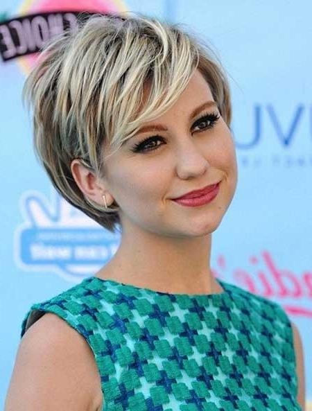 Featured Photo of Short Haircuts For Round Faces