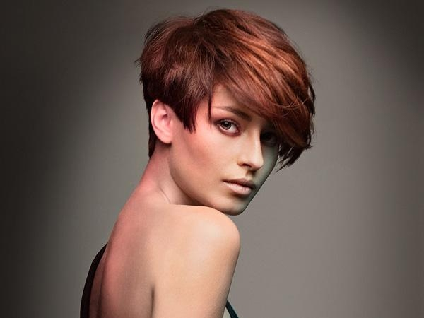 30 Tremendous Choppy Hairstyles – Slodive For Auburn Short Haircuts (View 3 of 20)