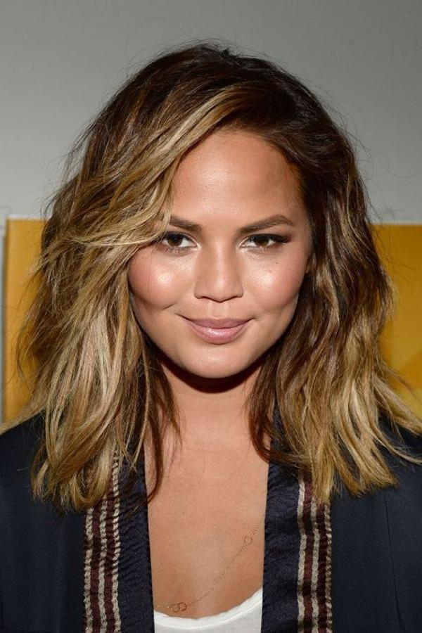 32 Trendy Hairstyles And Haircuts For Round Face Regarding Short Hairstyles For Big Cheeks (View 15 of 20)