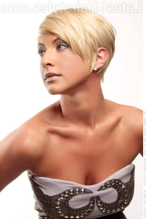 35 Perfect Short Hairstyles For Fine Hair (2018 Trends) In Easy Care Short Hairstyles For Fine Hair (View 16 of 20)