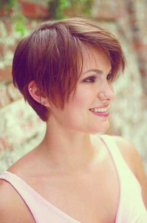 35 Short Haircuts For Thick Hair | Short Hairstyles 2016 – 2017 With Short Haircuts For Thick Hair With Bangs (View 11 of 20)