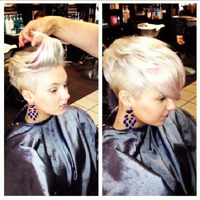 35 Vogue Hairstyles For Short Hair – Popular Haircuts Inside Short Hairstyles With Shaved Sides For Women (View 18 of 20)