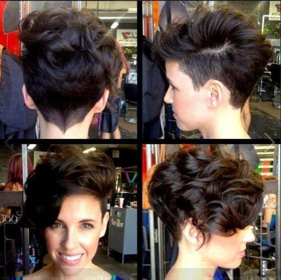 35 Vogue Hairstyles For Short Hair – Popular Haircuts With Regard To Short Haircuts With Shaved Side (View 5 of 20)