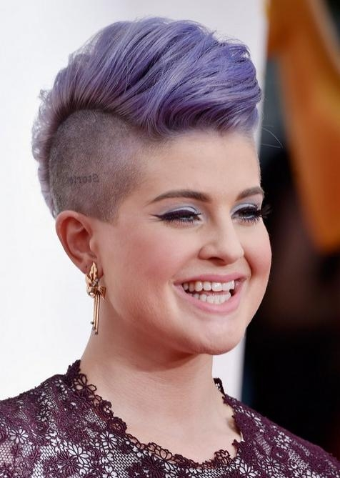40 Celebrity Short Hairstyles: Short Hair Cut Ideas For 2018 Intended For Kelly Osbourne Short Haircuts (View 3 of 20)